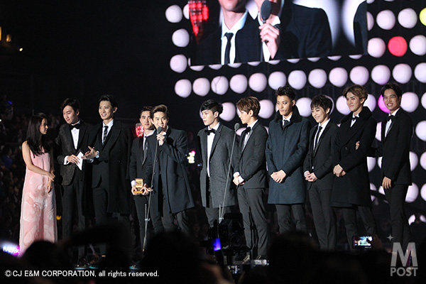 Mnet_2014MAMA_1st_EXO_1