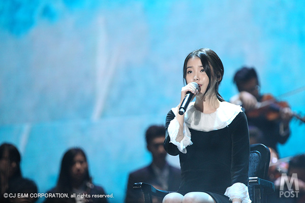 Mnet_2014MAMA_1st_IU_5