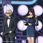 Mnet_2014MAMA_2nd_YOONJONGSIN&KANGSORA_1