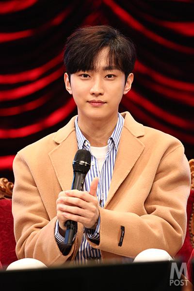 20180121_B1A4-JINYOUNG_j01_0392